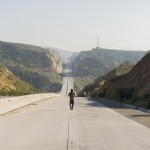 'Fear the Walking Dead' Spoilers: Drama & Destruction Begins Life On The Road – New Photo & Promo Video