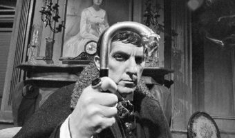 'Dark Shadows' News: Campaign to Nominate Jonathan Frid For Canadian Walk of Fame Continues